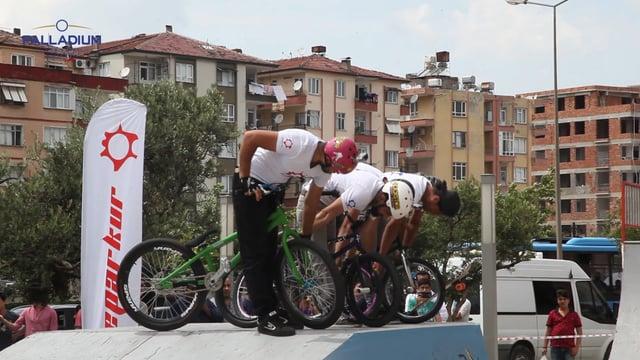 Bisiklet Gösterisi